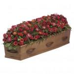 Rouwarrangement kistbedekking rood gemengde bloemen