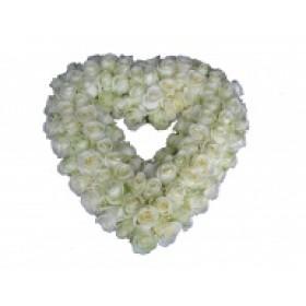 Rouwarrangement open hart witte rozen
